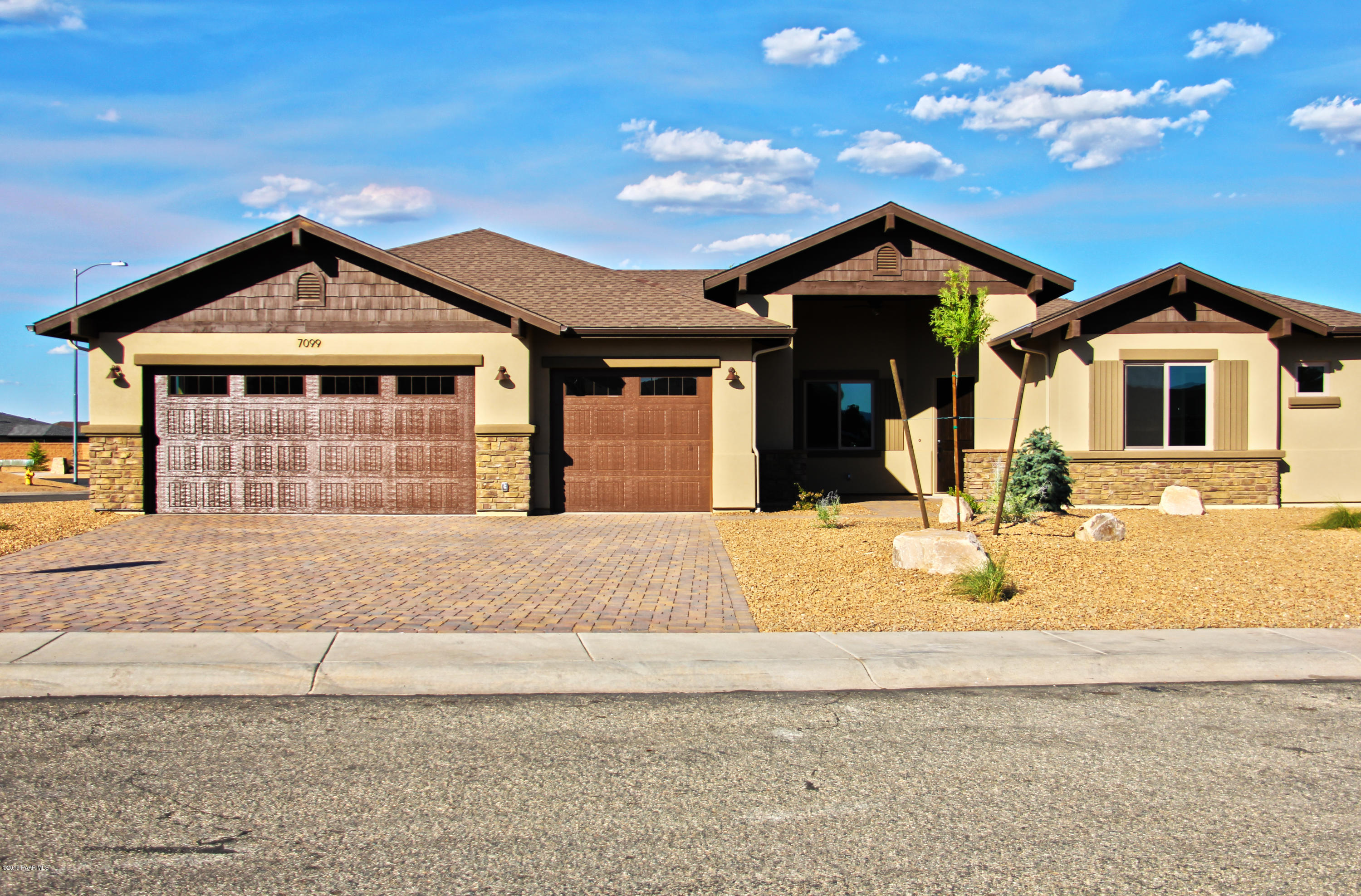 7099 N Windy Walk Way, Prescott Valley, Arizona