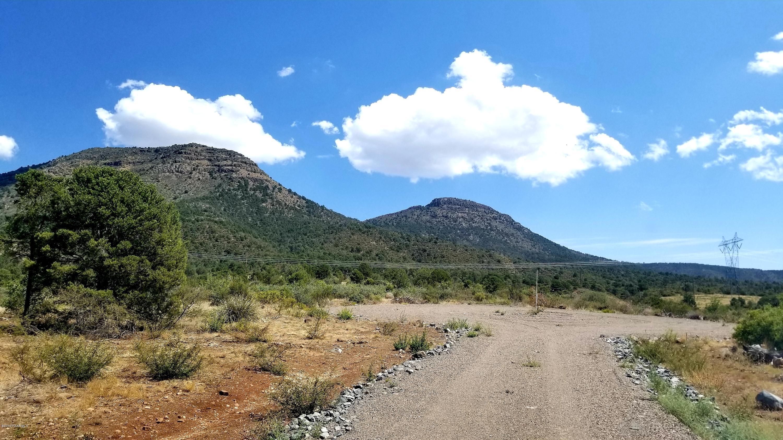 ------- E Legend Estates Lane, Prescott Valley in Yavapai County, AZ 86315 Home for Sale