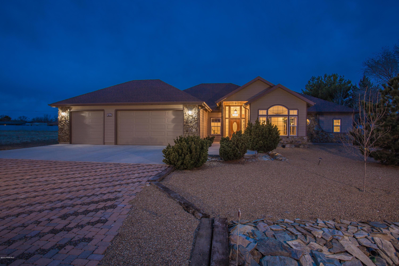 3076 N Meadowlark Drive, Prescott Valley, Arizona