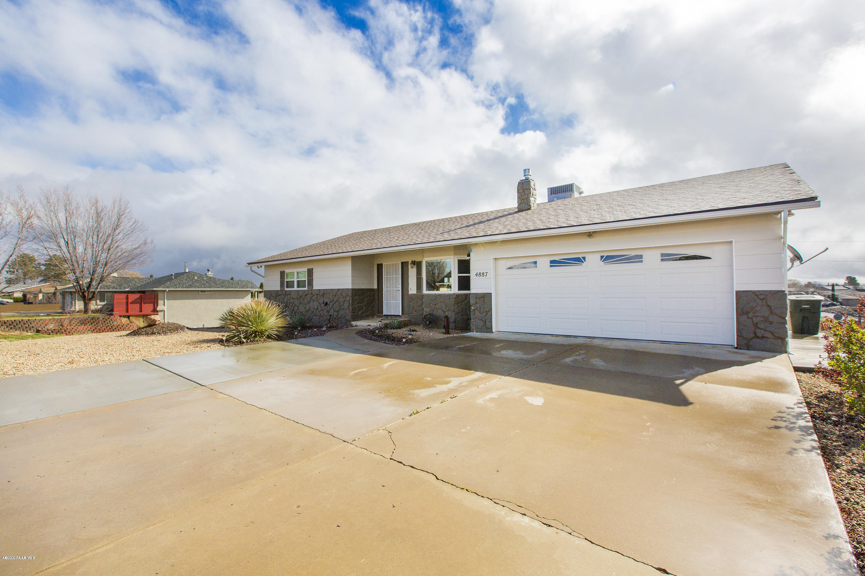 4887 N Meixner Road, Prescott Valley, Arizona