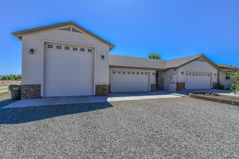 Photo of 1165 Chuck Wagon, Chino Valley, AZ 86323