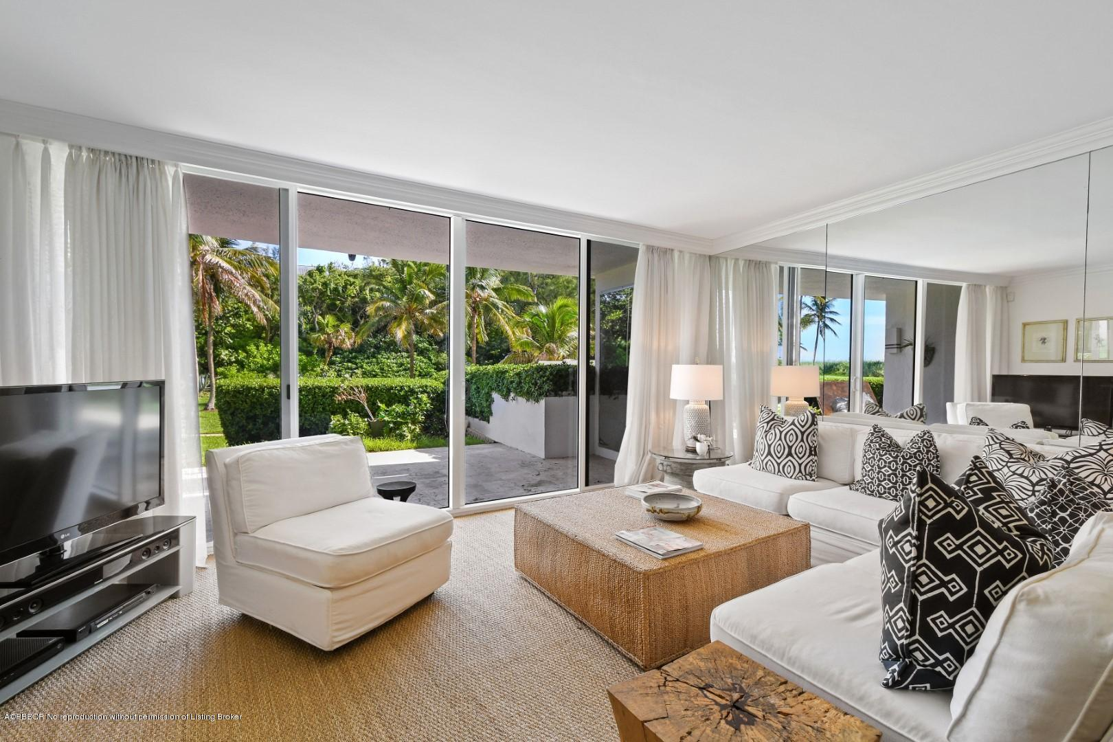 2774 Ocean Boulevard, 105 - Palm Beach, Florida