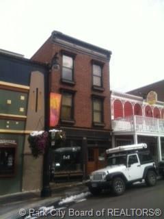324 E Main Street