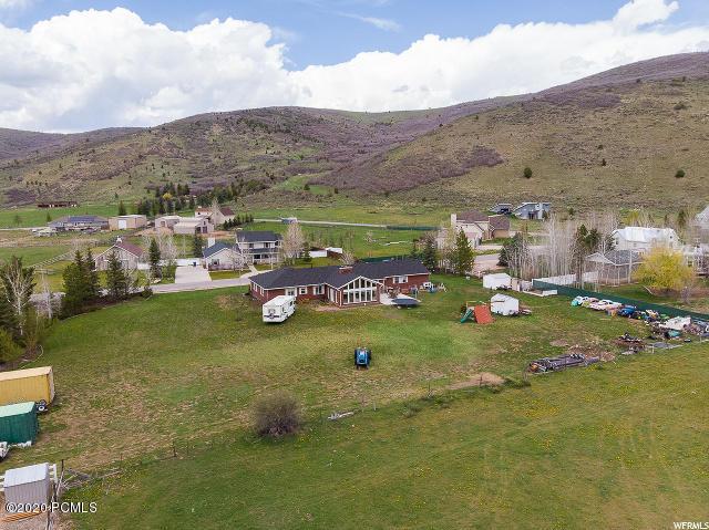 2850  Highland Loop Circle