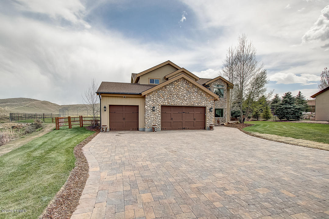 5886  Trailside Loop