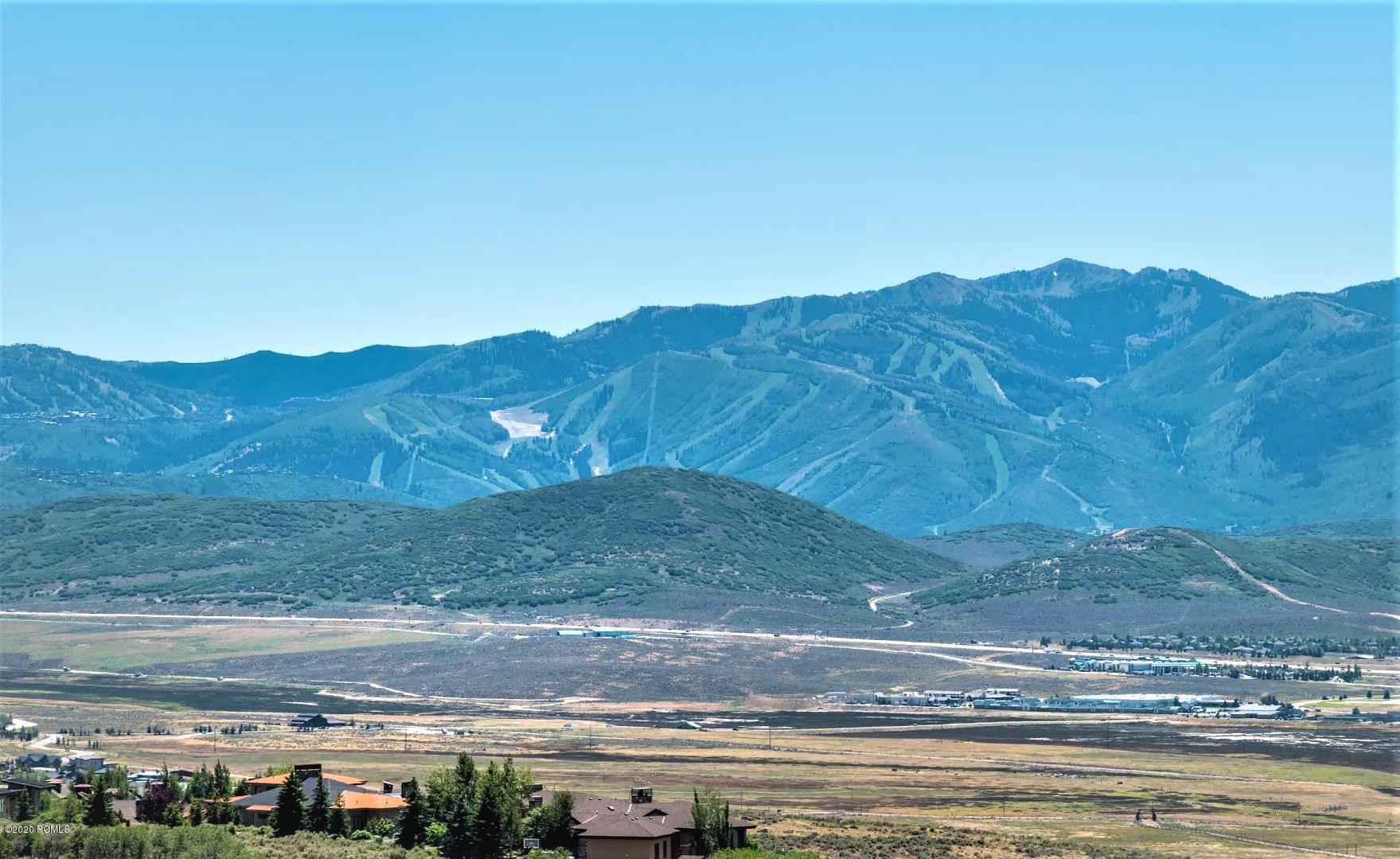 8557 N Promontory Ridge Ridge