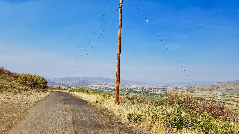 1518  Woodland Crest Road