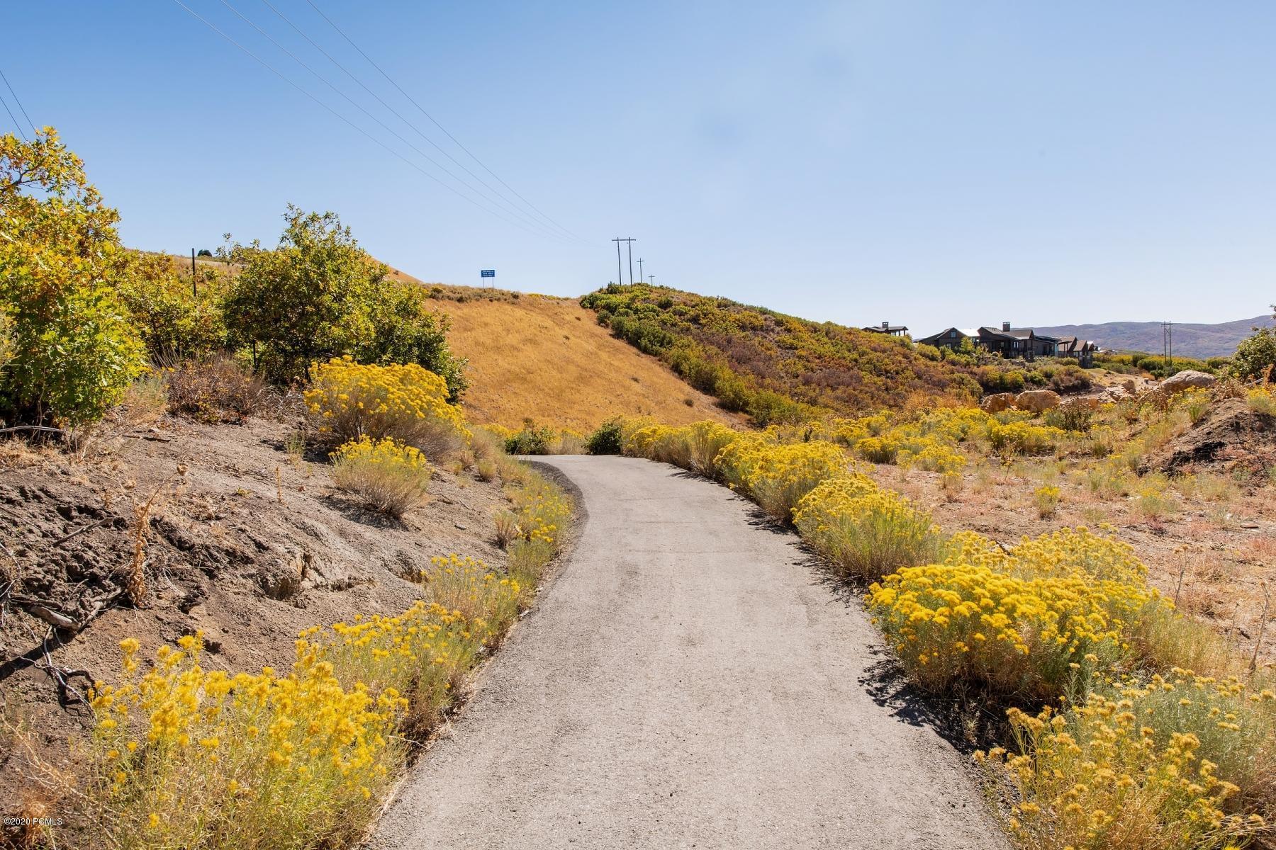 10852 N Hideout Trail