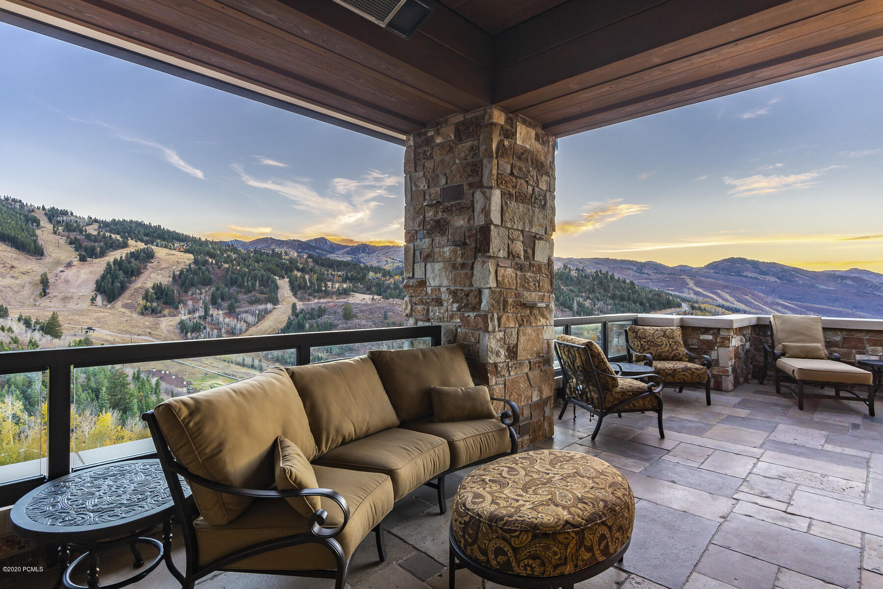 2300 E Deer Valley