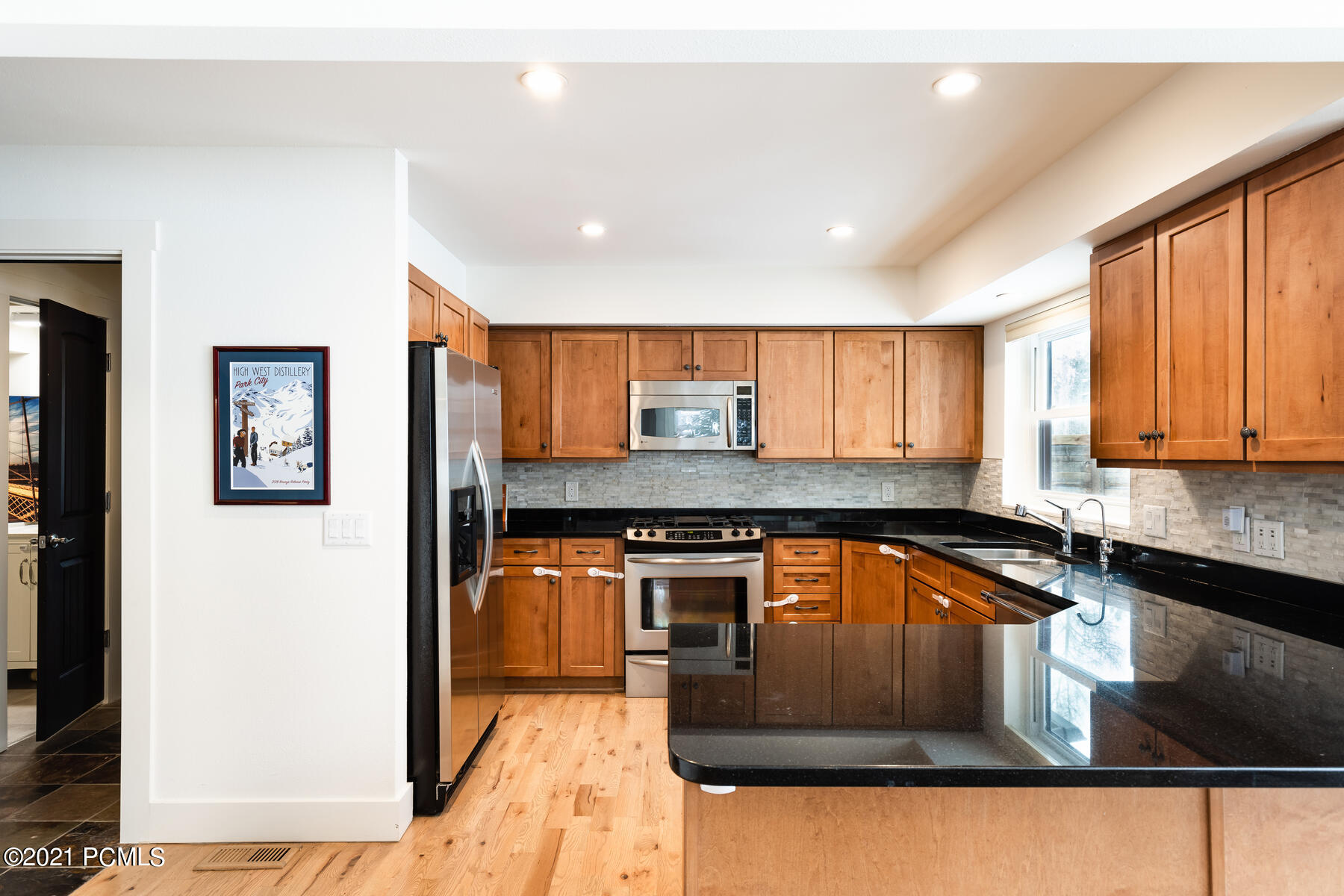 1539 W Meadows Connection
