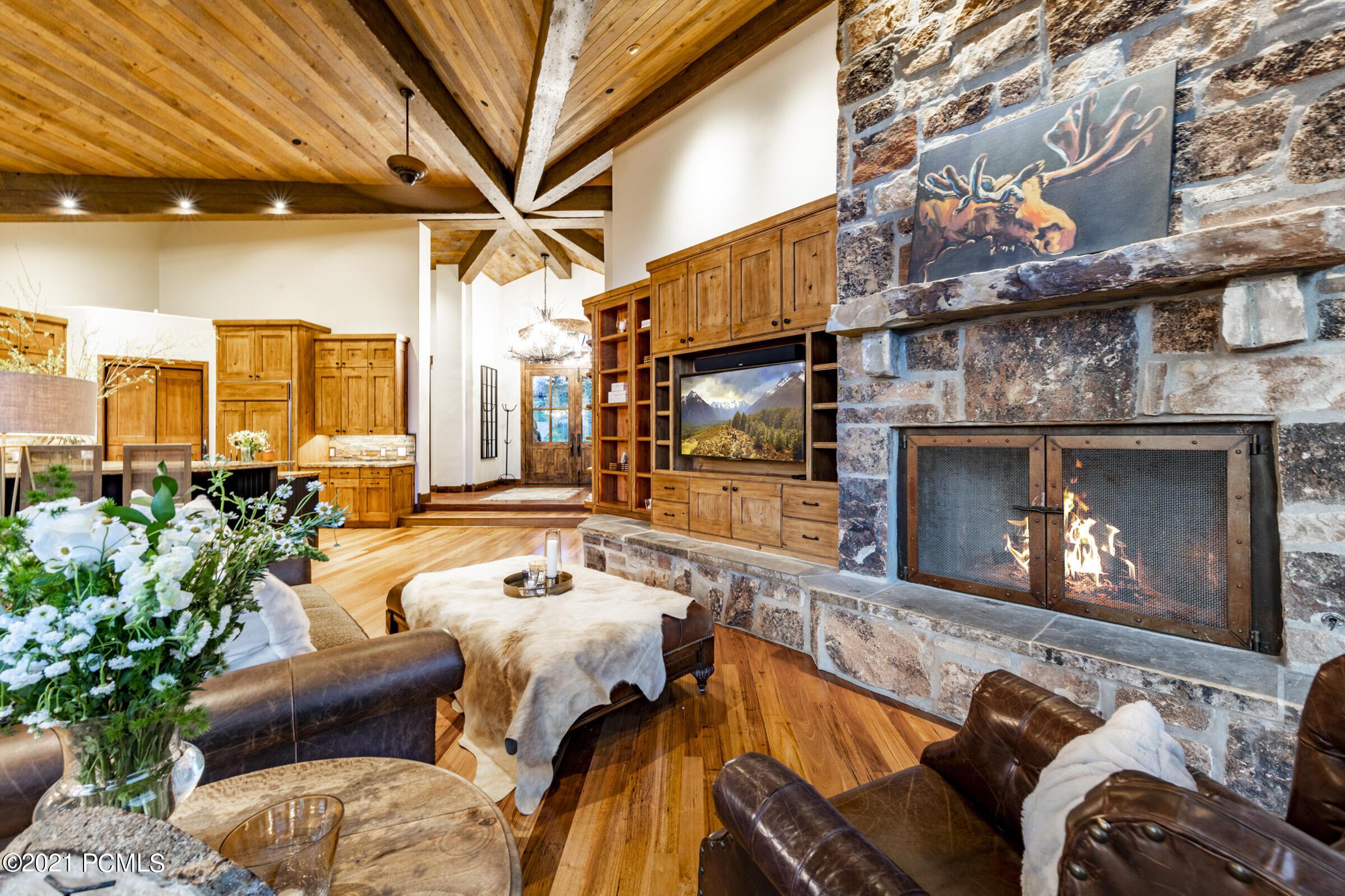 5615 N Old Ranch Road