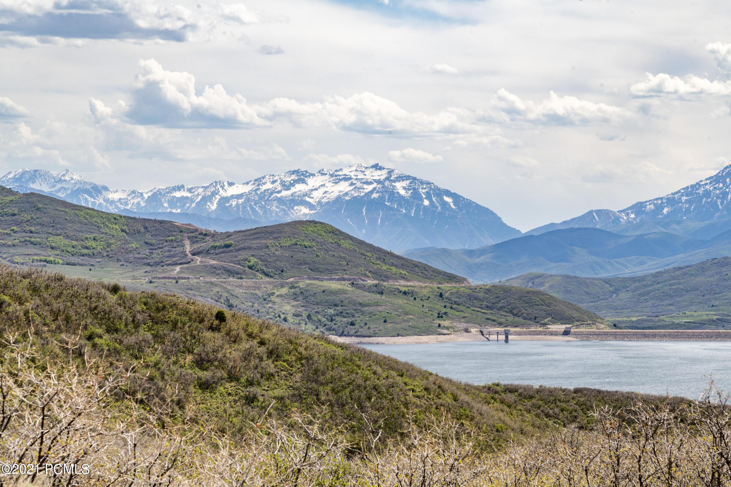 1399 E Lasso Trail