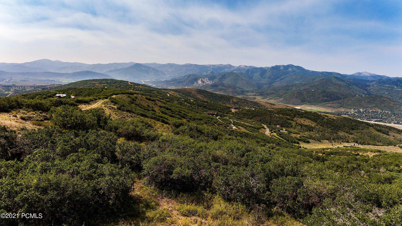 1900  Red Hawk Trail