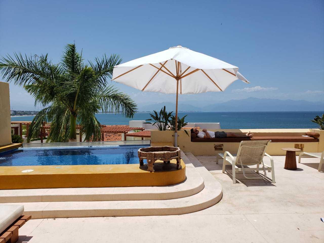 La Cruz de Huanacaxtle, 4 Bedrooms Bedrooms, ,5.5 BathroomsBathrooms,House,For Sale,Carretera Federal 200,15716