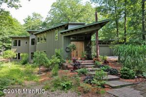 6035 SCENIC WOODS Circle, Muskegon, MI 49445
