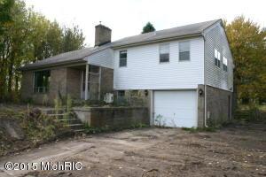 5011 ALPINE Avenue, Comstock Park, MI 49321
