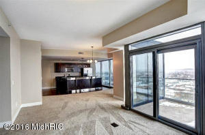 335 Bridge 2407, Grand Rapids, MI 49504