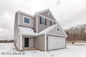 1326 Highland Hill Drive, Lowell, MI 49331