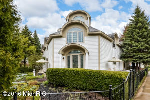 Property for sale at 404 North Shore Drive, South Haven,  MI 49090