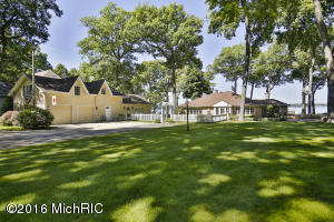 Property for sale at 3198 Oakdale Beach, Hickory Corners,  MI 49060
