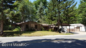 Property for sale at 5797 S Croton Hardy Drive, Newaygo,  MI 49337