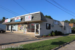 4445-4449 Division Ave, Wyoming, MI 49548
