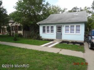 39 OAK Street, Cedar Springs, MI 49319