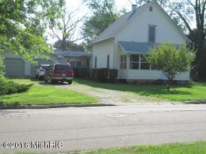 309 Sherwood Street, Three Oaks, MI 49128