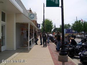 28 S Main, Cedar Springs, MI 49319