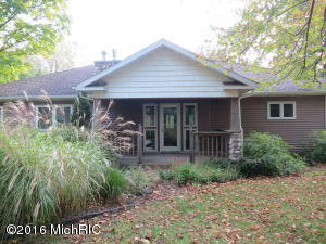 4224 Sawyer Road, Sawyer, MI 49125