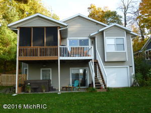 Property for sale at 9488 Lakeview Drive, Delton,  MI 49046