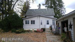 Single Family Home for Sale at 1438 Slocum Ravenna, Michigan 49451 United States