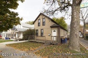927 Baldwin, Grand Rapids, MI 49506