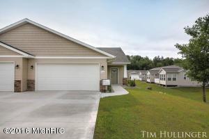 130 Homestead Acres Rd. 130, Sparta, MI 49345