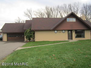 Property for sale at 2257 W Columbia Avenue, Battle Creek,  MI 49015