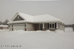 Property for sale at 9801 Paw Paw Lake Drive, Mattawan,  MI 49071