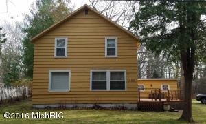 Property for sale at 1150 S Chester Street, Pentwater,  MI 49449