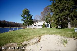 Property for sale at 2611 W Fruitport Road, Spring Lake,  MI 49456