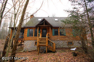 341 Williamsburg Buchanan, MI 49107