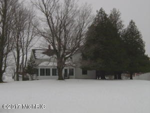 19335 9 Mile Road, Reed City, MI 49677