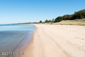 Property for sale at 350 Dunegrass Circle Drive Lot 5, Saugatuck,  MI 49453