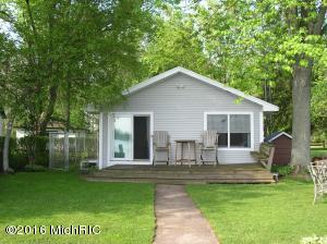 46698 Lake Decatur, MI 49045