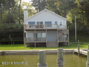 Property for sale at 8125 Shady Drive, Watervliet,  MI 49098