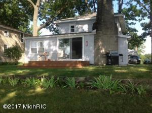 Property for sale at 11050 E Shore Drive, Delton,  MI 49046