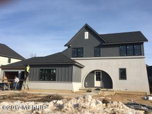 3883 BALSAM WATERS Drive, Grand Rapids, MI 49525