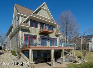 Property for sale at 2506 E East Shore Drive, Portage,  MI 49002