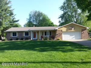 7300 Mountain Ash Drive, Grand Rapids, MI 49546