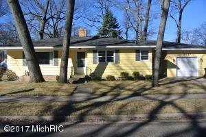 Property for sale at 2427 Glenside Boulevard, Muskegon,  MI 49441