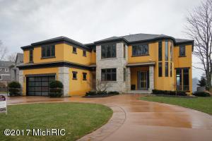 Property for sale at 958 E Eagle Lake Drive, Kalamazoo,  MI 49009