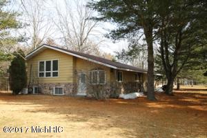 Property for sale at 18610 Arthur Road, Big Rapids,  MI 49307